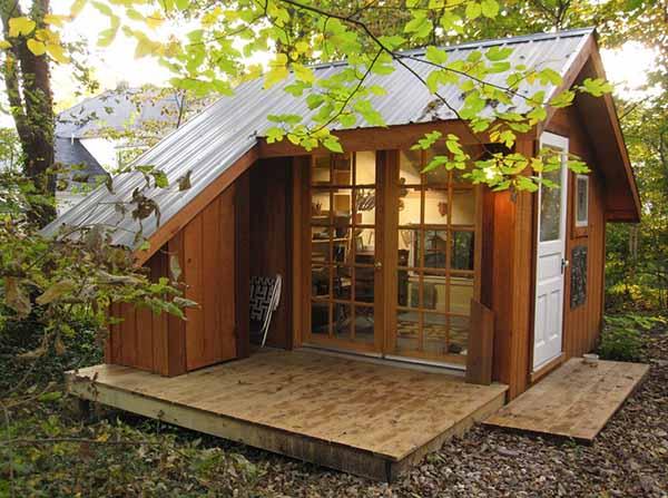 Dise o de peque a caba a con mini terraza para el campo for Casas prefabricadas para terrazas