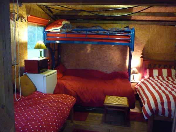 Dise o de caba a peque a muy r stica for Diseno de interiores de cabanas