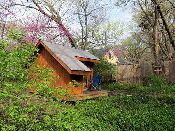 Diseño De Pequeña Cabaña Con Mini Terraza Para El Campo