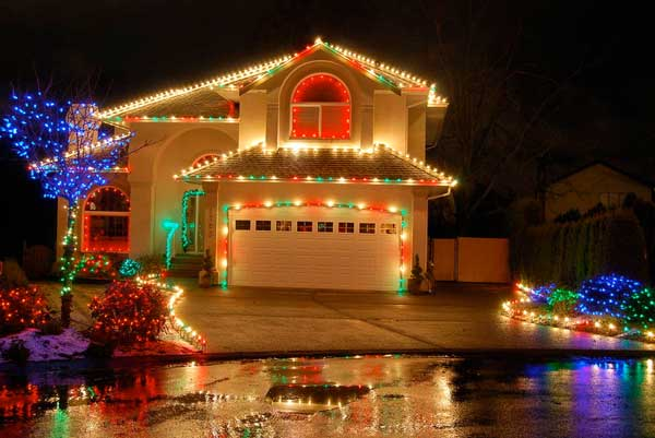 5 fachadas de casas con decoraci n navide a - Decoracion navidena de casas ...