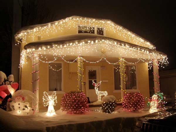 5 fachadas de casas con decoraci n navide a - Decoracion navidena casas ...