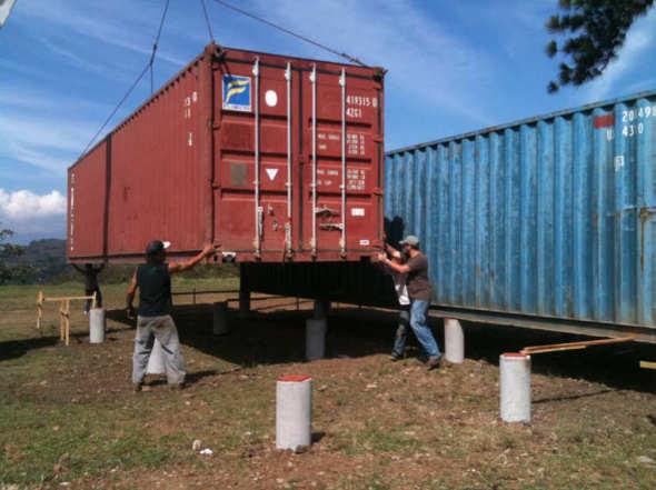 Dise o y planos de casa de campo construida de contenedores - Casa hecha con contenedores ...