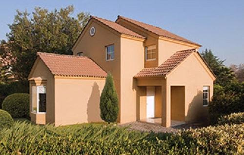 Moderna casa de dos pisos de casi 100 m2 for Casa moderna 140 m2