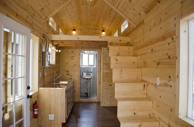 Casa rodante de madera peque a y c moda for Bar rodante de madera