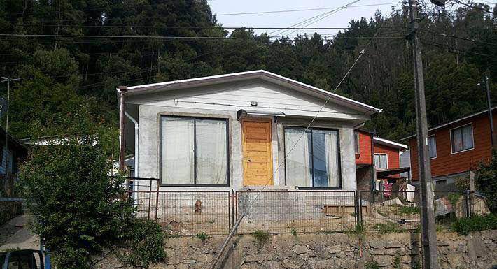 Plano de casa econ mica de 42m2 con 3 dormitorios for Planos de casas economicas de 3 dormitorios
